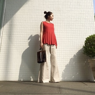 Pleats Tpos × Bell bottom Pants Coordinate
